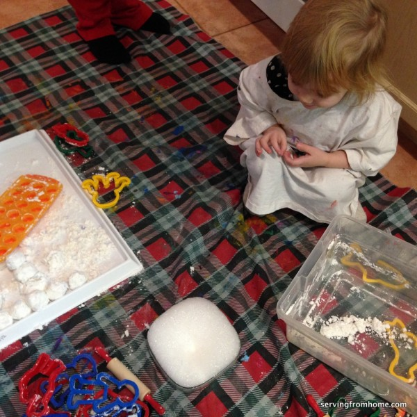 how to make fake snow with baking soda